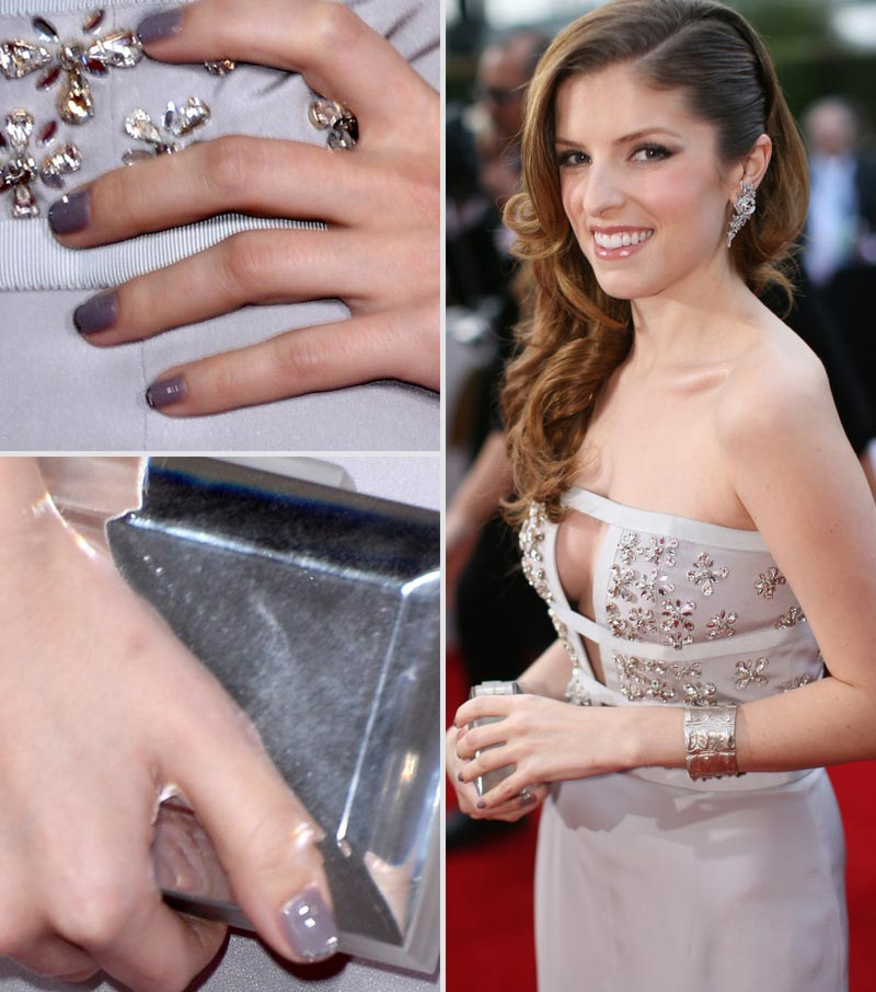 2014 Grammy Awards Anna Kendrick dress grey nails