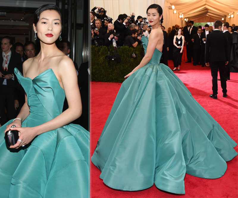 2014 Met Gala Red Carpet Liu Wen Zac Posen emerald dress