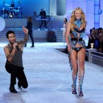 Adam Levine Anne Vyalitsyna Victoria s Secret 2011 catwalk