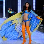 Adriana Lima Victoria s Secret 2011 Fashion Show supers