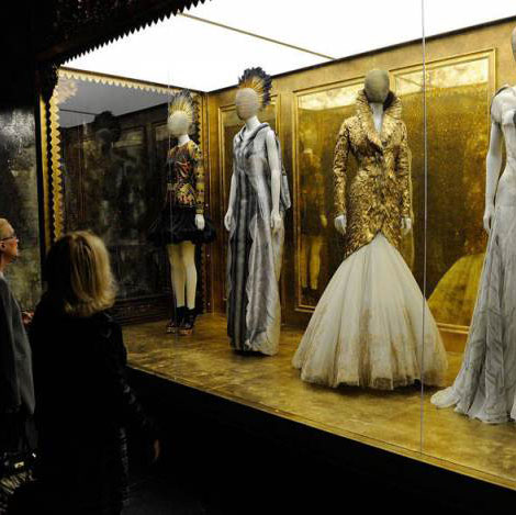 McQueen's Savage Beauty Exhibit Goes Home To London