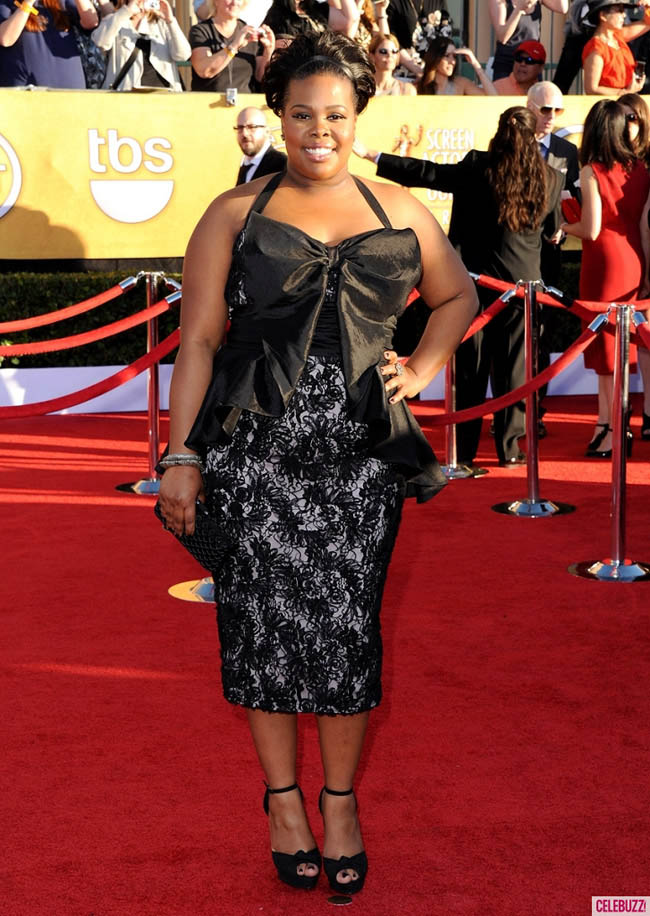 Amber Riley black dress bow 2012 SAG Awards Red Carpet