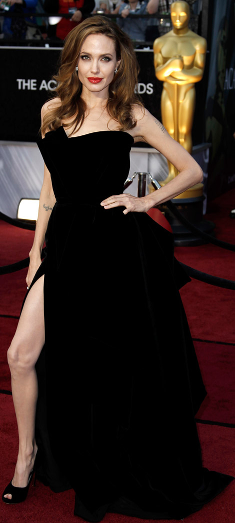 Angelina Jolies Versace Black Velvet Dress For 2012