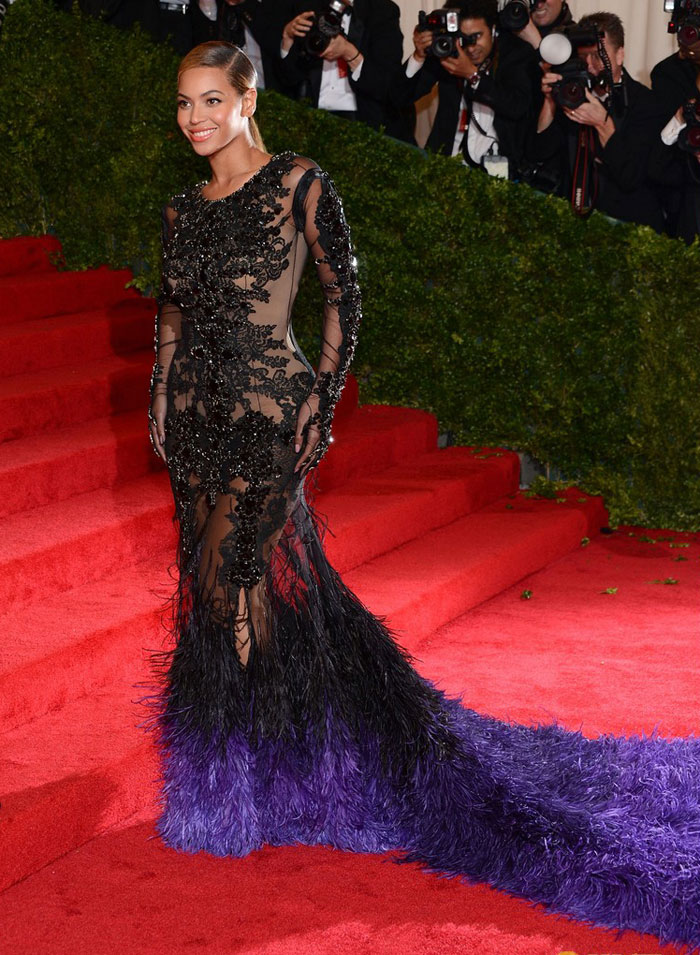 Beyonce In Black And Indigo Givenchy Couture Dress For Met Gala 2012
