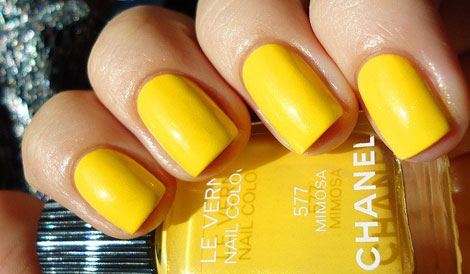 Chanel Mimosa yellow nail polish manicure