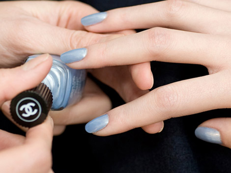 Chanel blue nail polish 2012 Sky Line