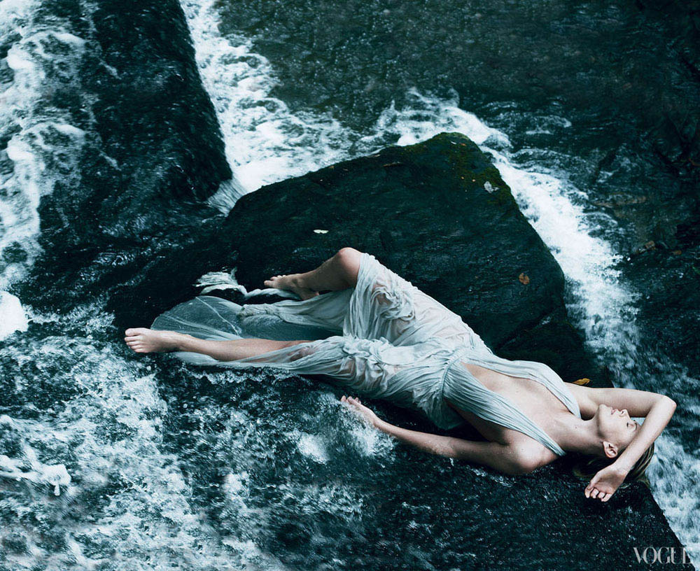 Charlize Theron Vogue US December 2011 by Annie Leibovitz