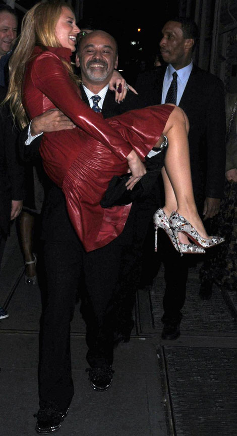 dba45374262 Christian Louboutin carries Blake Lively in his arms - StyleFrizz ...