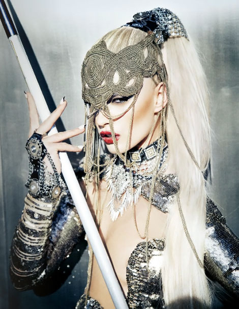 Crystal Renn blonde for Schon Magazine by Ellen von Unwerth