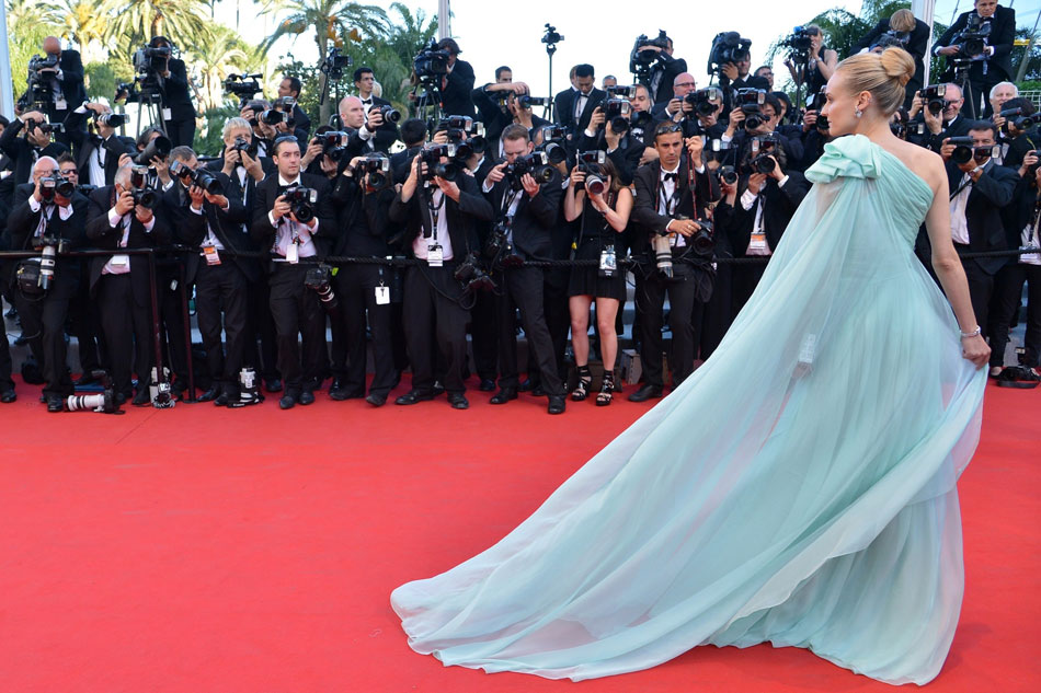 Cannes 2012 Red Carpet: Diane Kruger's Pale Aqua Giambattista Valli Dress
