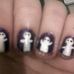 Halloween nails ghost manicure