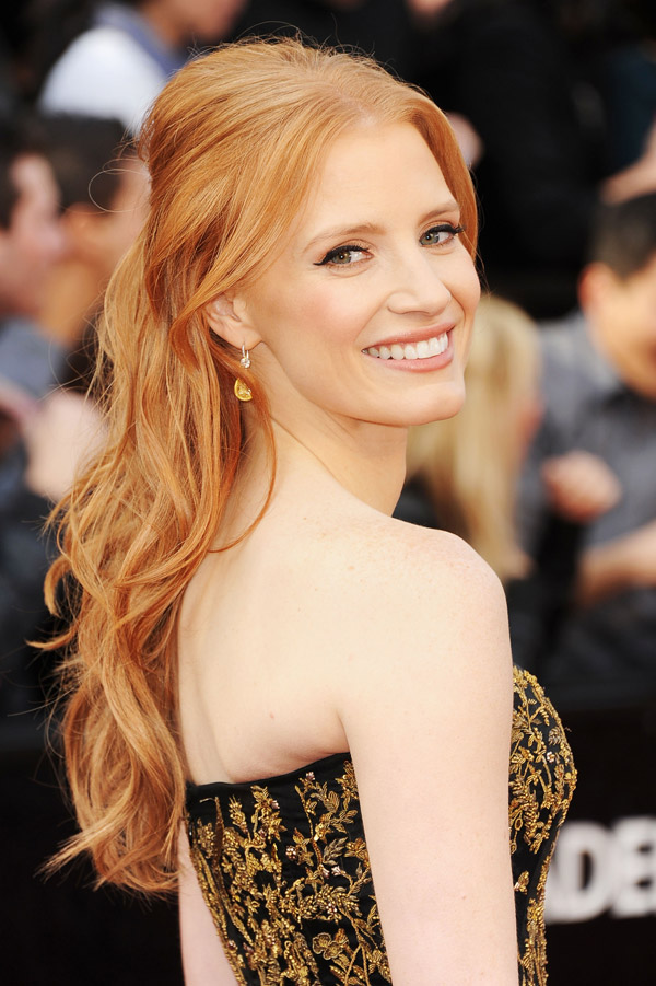 Jessica Chastain black and gold dress 2012 Oscars