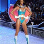 Joan Smalls Victoria s Secret 2011 Fashion Show super