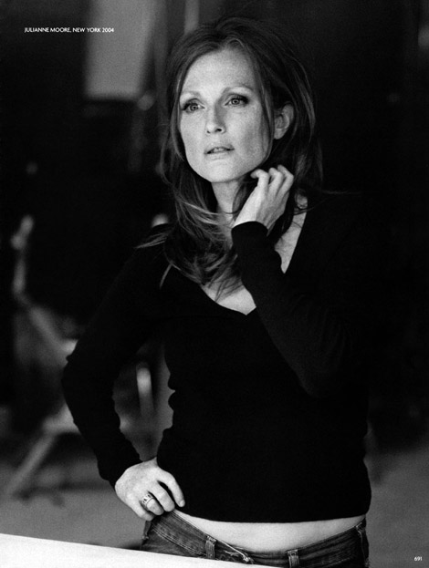 Julianne Moore Vogue Germany October 2009
