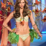 Karlie Kloss Victoria s Secret 2012 show Angels in Bloom