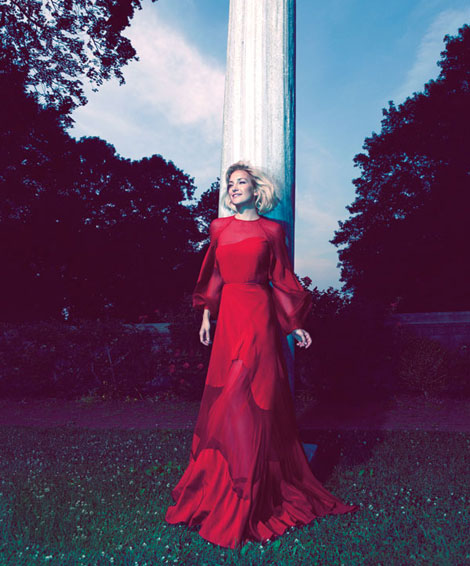 Kate Hudson red Valentino dress Harper s Bazaar