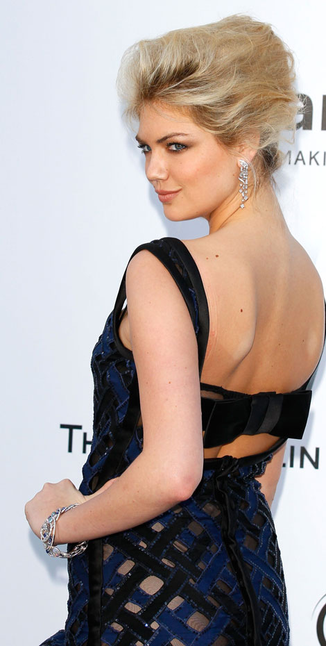 Kate Upton hair makeup and jewelry amfAR 2012 Gala