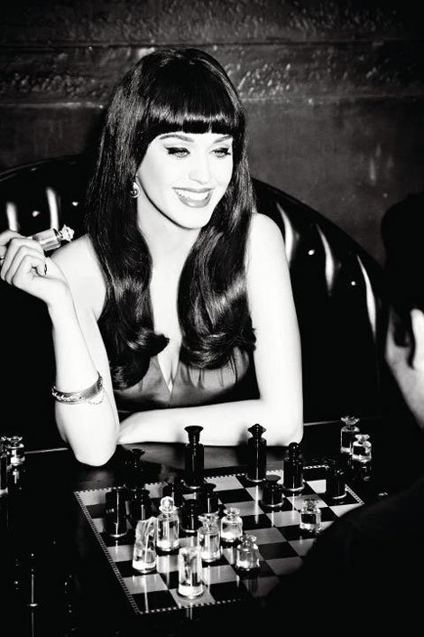 Katy Perry New GHD Campaign. Playing Chess Is Fashionable!