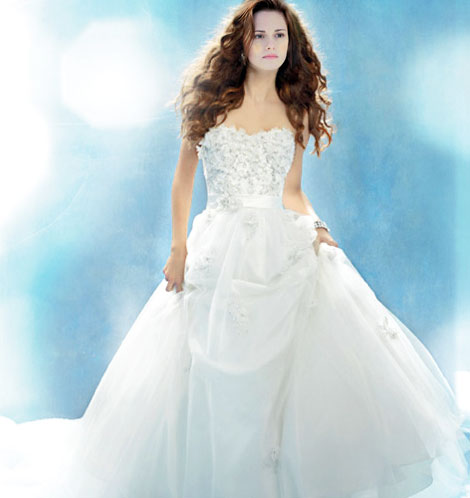 Kristen Stewart Bella Swan wedding dress imagined