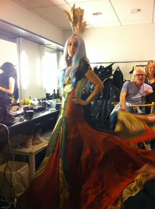 Lady Gaga MTV VMA 2010 backstage