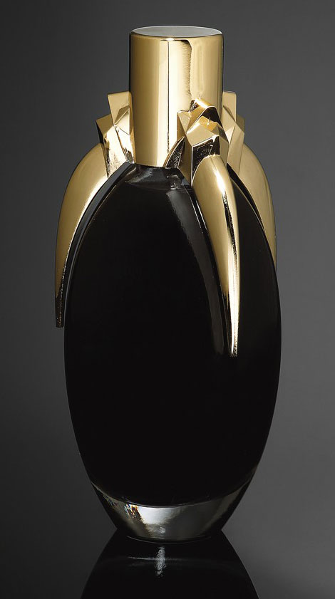 Lady Gaga black perfume Fame