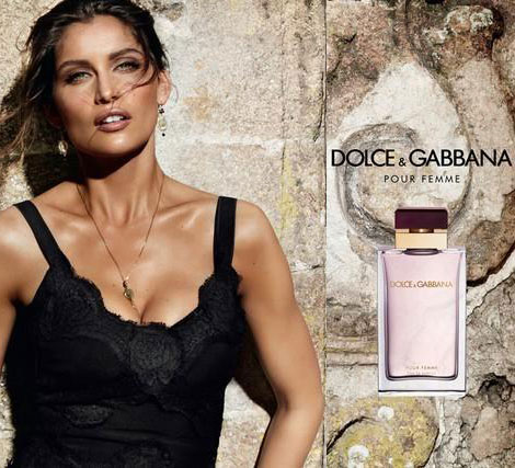 Laetitia Casta perfect tan Dolce and Gabbana perfume