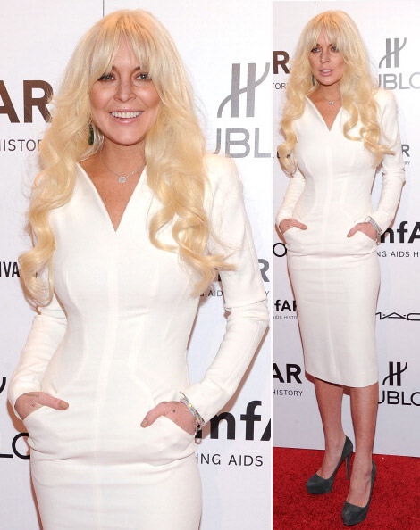 Lindsay Lohan, Blonde, With Fringe, Dressed In White