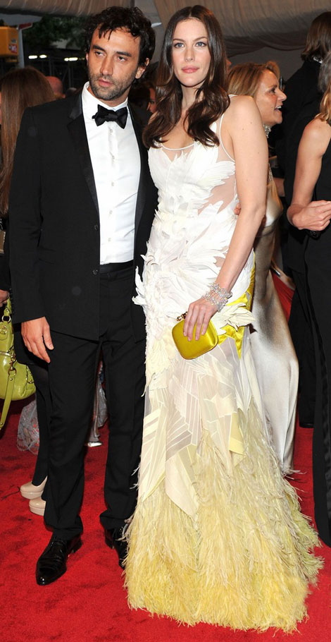 Liv Tyler In Givenchy Haute Couture Dress For Met Gala 2011