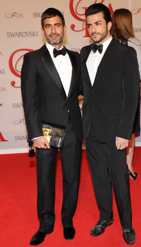 Marc Jacobs with boyfriend on the CFDA Awards Red Carpet CFDA Red Carpet: Marc Jacobs Kept His Clothes On!