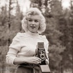 Marilyn Monroe smiling taking picture