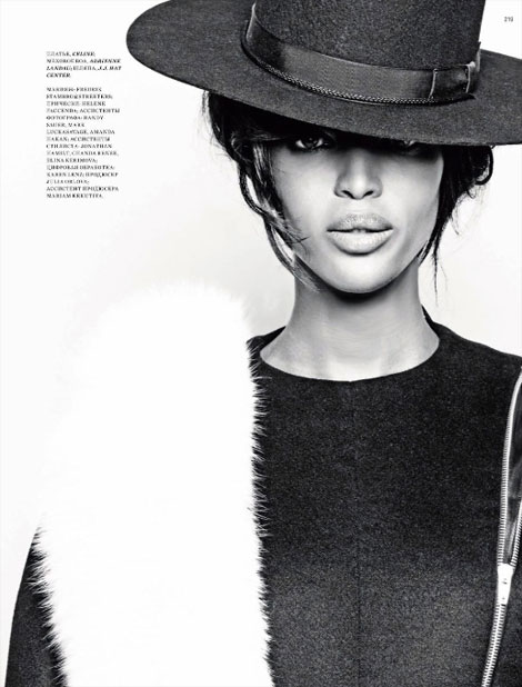 Naomi Campbell hat and fur Harper s Bazaar Russia
