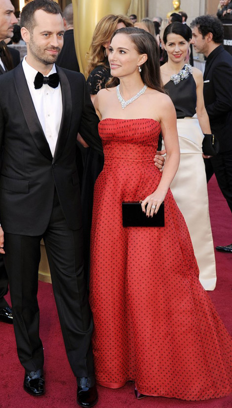 Natalie Portman red dress 2012 Oscars Red Carpet