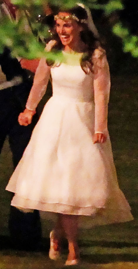 Natalie Portman s white wedding dress by Rodarte