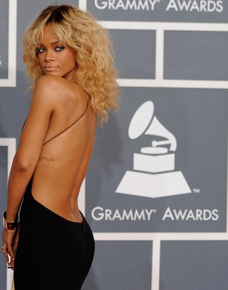 Rihanna low cut black dress 2012 Grammy Awards
