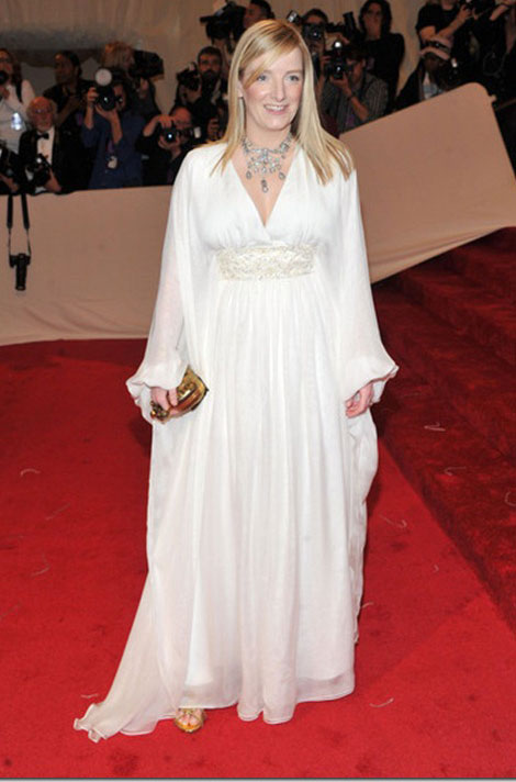 Sarah Burton white McQueen dress Met Gala 2011