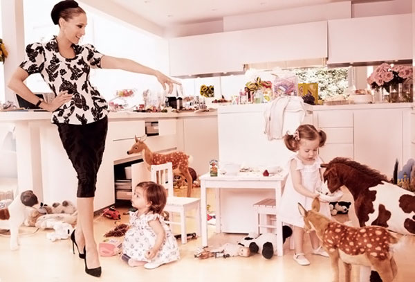 Sarah Jessica Parker twin girls Vogue August 2011