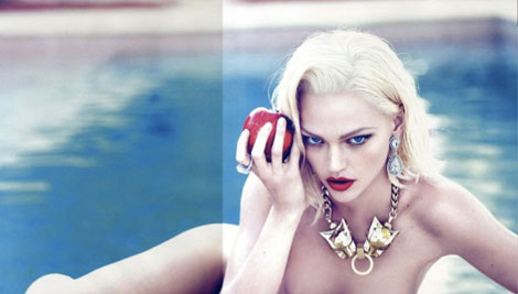 Sasha Pivovarova without clothes Vogue October