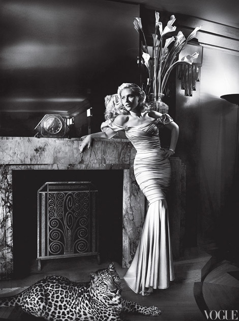 Scarlett Johansson's Vogue May 2012