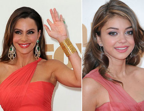 Sofia Vergara Sarah Hyland 2011 Emmy Awards Dresses