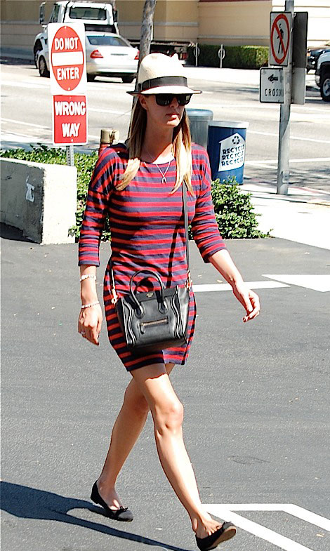 Nicky Hilton's Striped Dress – Stars Favorite Mini Dress!