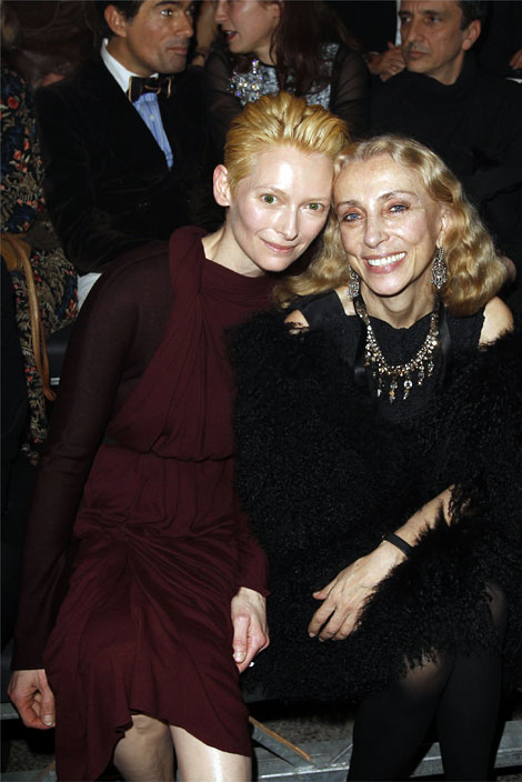 Tilda Swinton Makes First Row BFF With Franca Sozzani