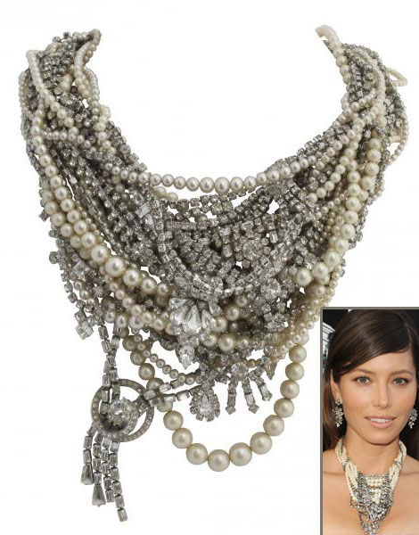 Jessica Biel's Tom Binns Impressive Necklace For Total Recall Premiere