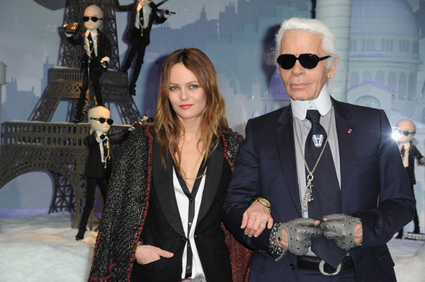 Printemps Christmas 2011 Windows With Karl Lagerfeld And Vanessa Paradis