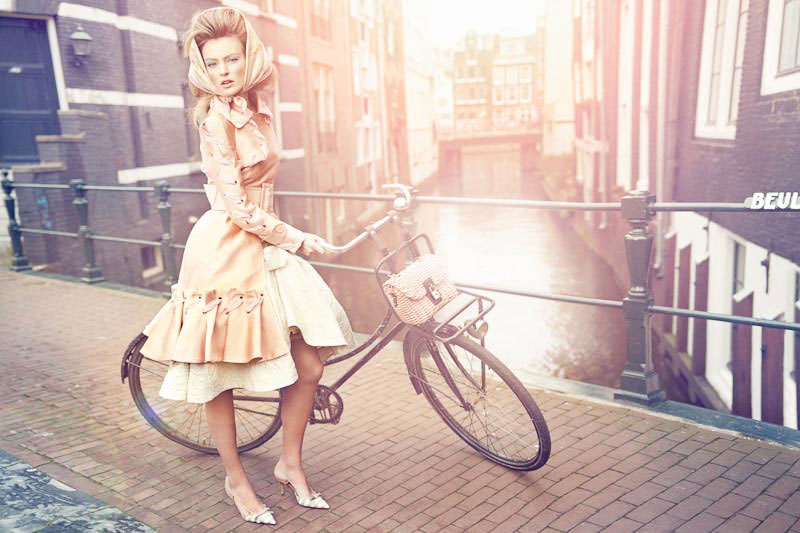 Vogue Nederland first issue April 2012