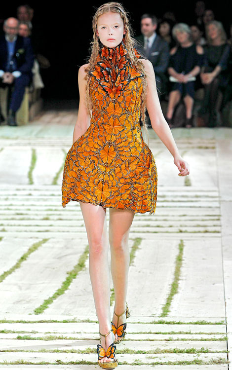 adcc1be8f67 Alexander McQueen Spring 2011 collection - StyleFrizz