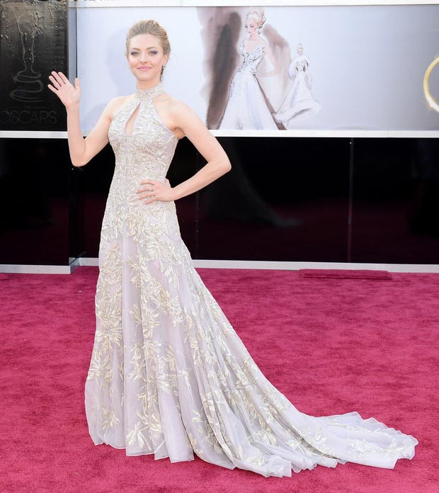 Amanda Seyfried McQueen embroidered dress 2013 Oscars