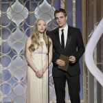 Amanda Seyfried Robert Pattinson presenting 2013 Golden Globes