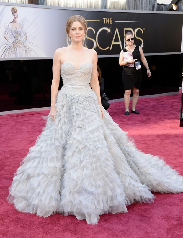 Amy Adams Oscar de la Renta light lavender dress Oscars 2013