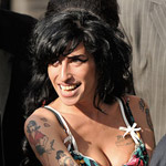 Amy Winehouse cleavage
