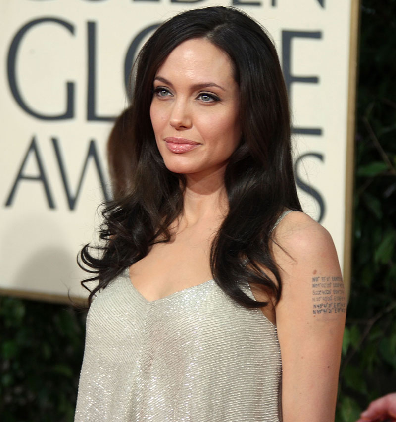 Angelina Jolie Atelier Versace dress Golden Globe Awards 2009 3